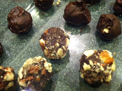Renee's Holiday Vegan Chocolate Truffles