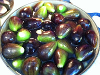 Whole Figs in Jars – Canning for the future!