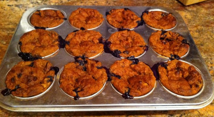 Fig Muffins with 0,5 cup fresh blueberries!