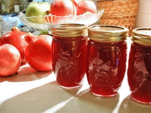 Pom Apple Butter