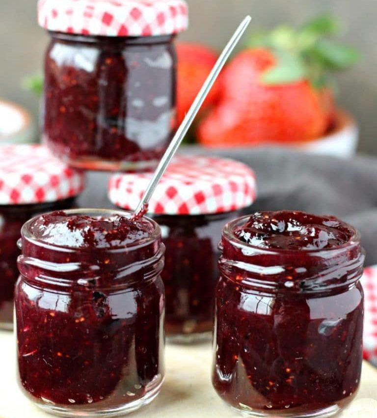 Rhubarb Muscat Wine Jam – Rhubarb Blackberry Lime Jam