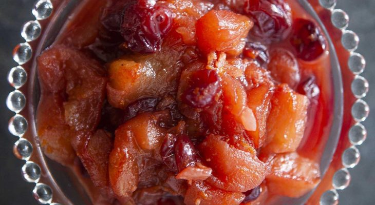 Spiced Apple Cranberry Chutney