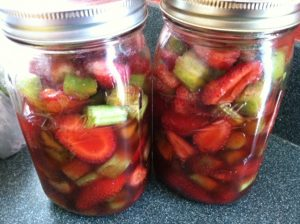 Strawberries and Rhubarb without apple juice added