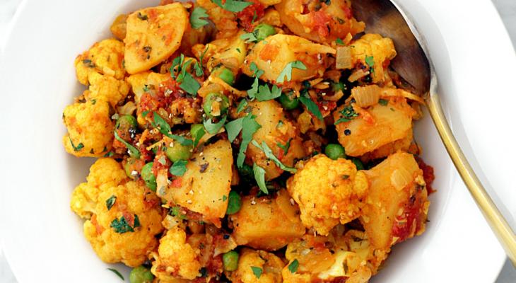 Cauliflower & potato curry