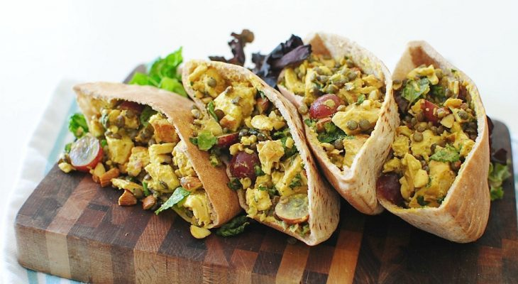 Curry chicken salad in pita bread