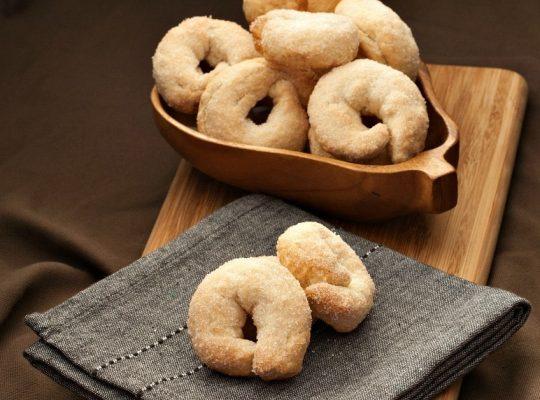 Italian Taralli Cookies Dessert